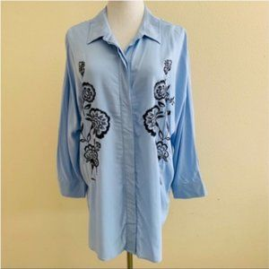 3/$30 Blouse Teal Blue Buttons Down Embroidery